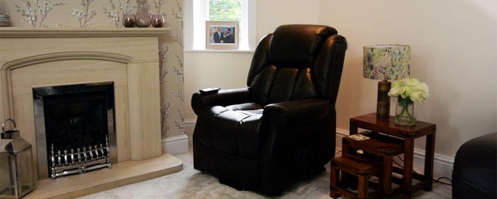 5 Reasons to Own a Riser Recliner Chair